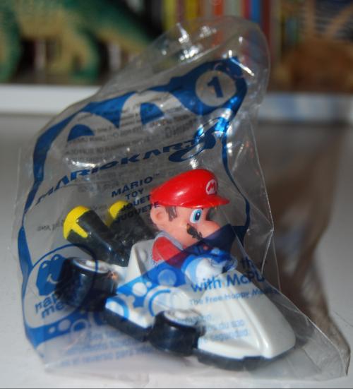 Happy meal toy super mario 3