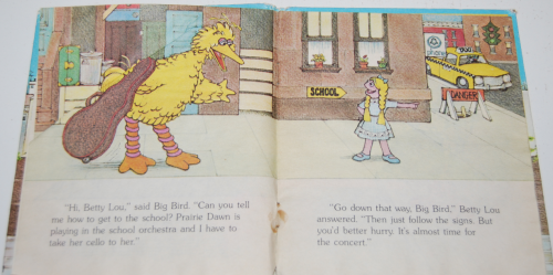 Big bird follows the signs 2