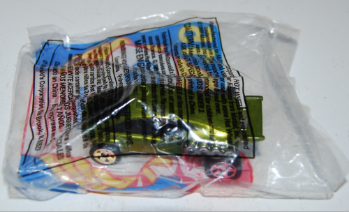 Happy meal toy hot wheels 11x