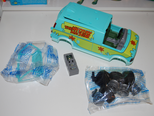 Playmobil scooby doo mystery machine toy pieces