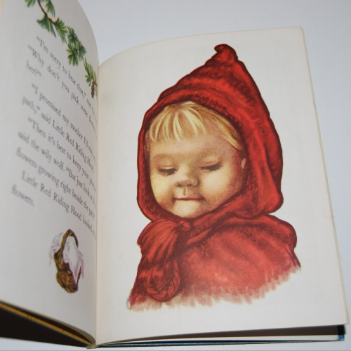 Little golden book little red riding hood 6