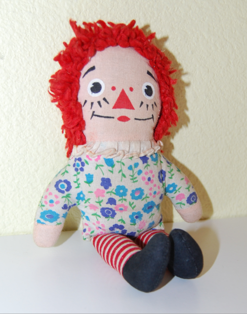 Raggedy ann mini doll