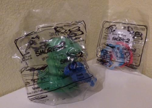 Smurfs 2 carls jr toy