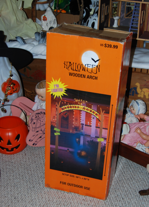 Halloween decor arch