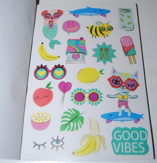 1000 ridiculously cute stickers book 2
