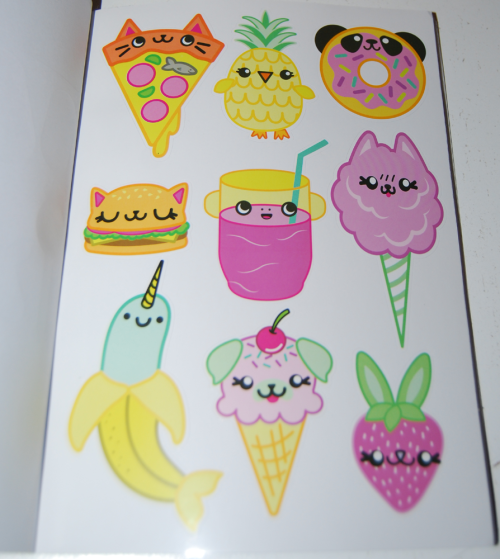 1000 ridiculously cute stickers book 4