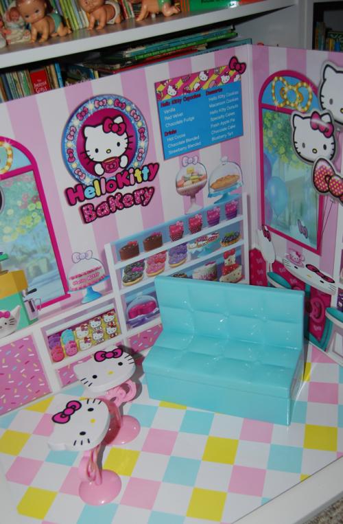 Hello kitty bakery 12
