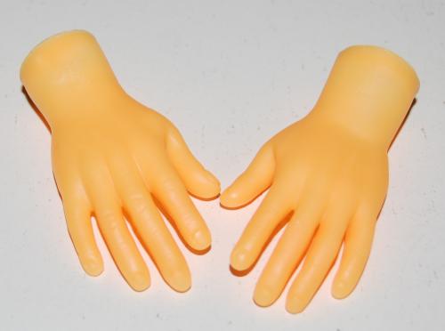 Tiny hands x
