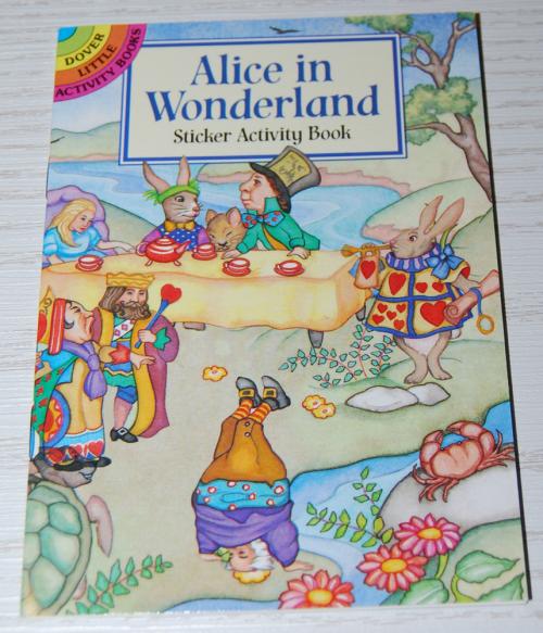Alice in wonderland dover mini activity book