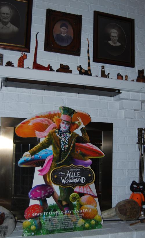 Disney alice in wonderland in store display mad hatter xx