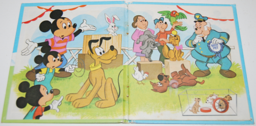 Mickey mouse pet show book 1