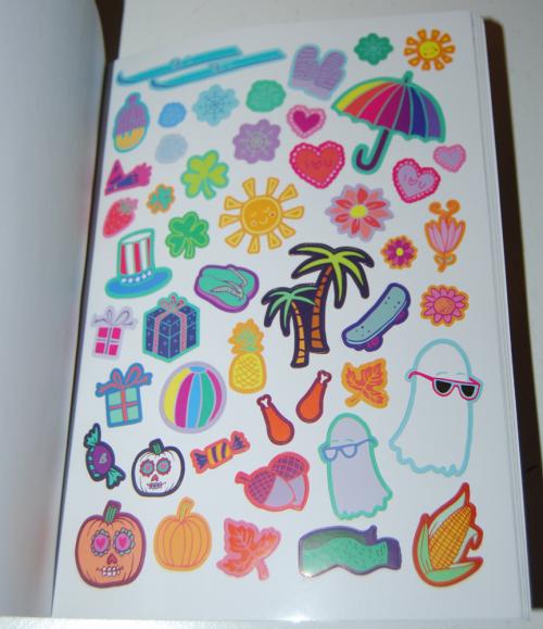 1000 ridiculously cute stickers book 8