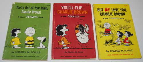 Vintage peanuts paperback books