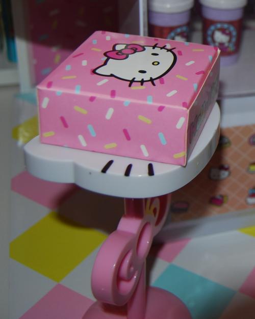 Hello kitty bakery 6