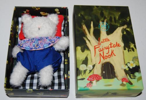 Little fairy tale nook kitten toy manhattan