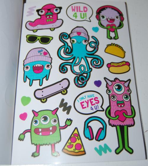 1000 ridiculously cute stickers book 5