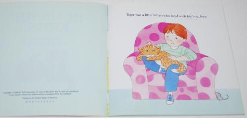 Halloween kitten book 4