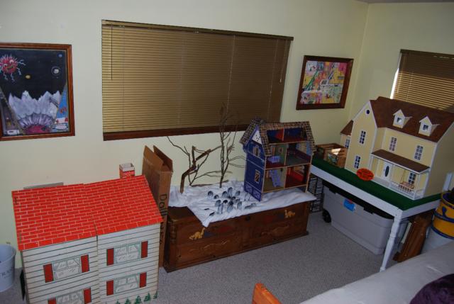 the dollhouses